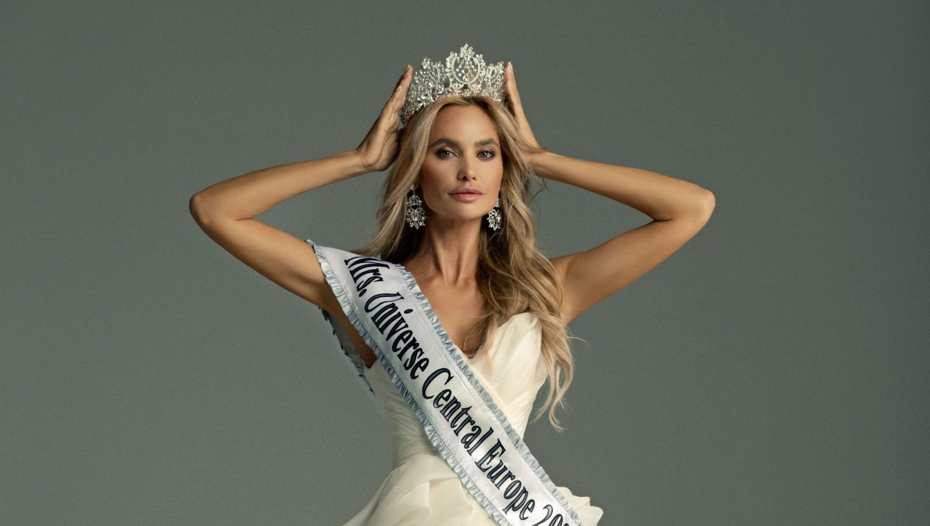 Виктория ЛЮБУХИНА, «Миссис Вселенная 2020»: о конкурсах красоты, работе моделью в США и съемках с Дженнифер Лопес